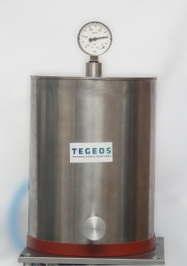 Aparat do badania właściwości termoelektrycznych